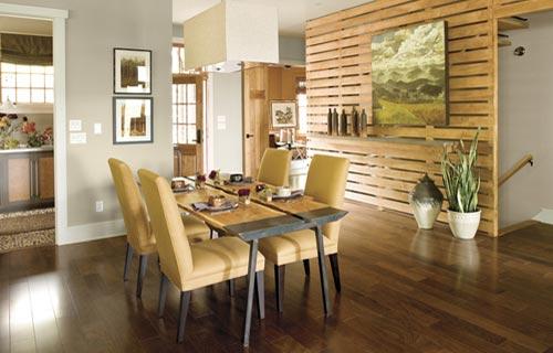 Sala da pranzo moderna: materiali, colori e illuminazione