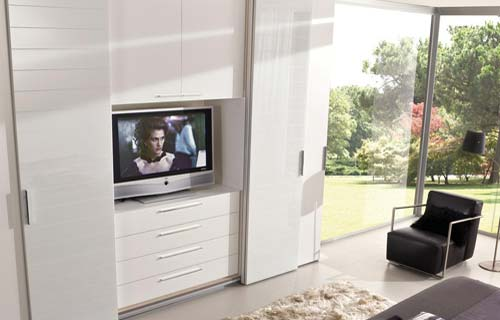 Come inserire un televisore a plasma in una stanza - Mobile tv camera da letto ...