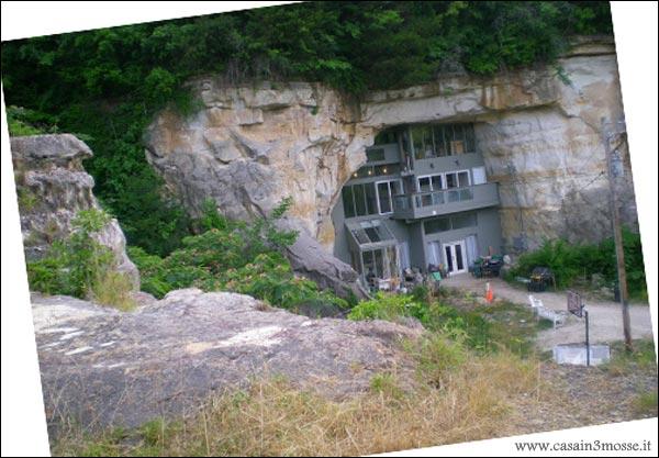 Casa nella roccia fabulous la casa nella roccia with casa for Piani di casa di roccia